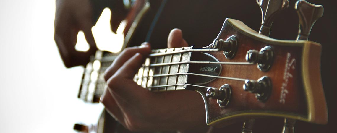 http://neu.musik-aktiv-laer.de/wp-content/uploads/2016/07/bass.jpg